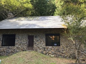 無添加住宅の生みの親である秋田憲司氏の建てたお家の写真