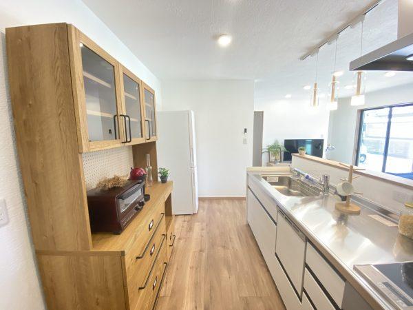 サラダホームの建売住宅 キッチン 無添加住宅 しっくいのお家