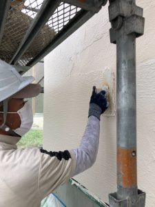 真っ白なサラダホームの漆喰塗リ現場