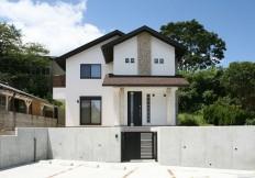 南欧風漆喰の家