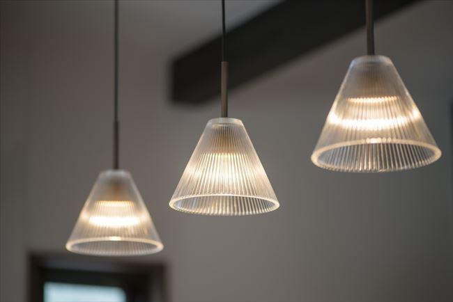ペンダントライトの照明器具