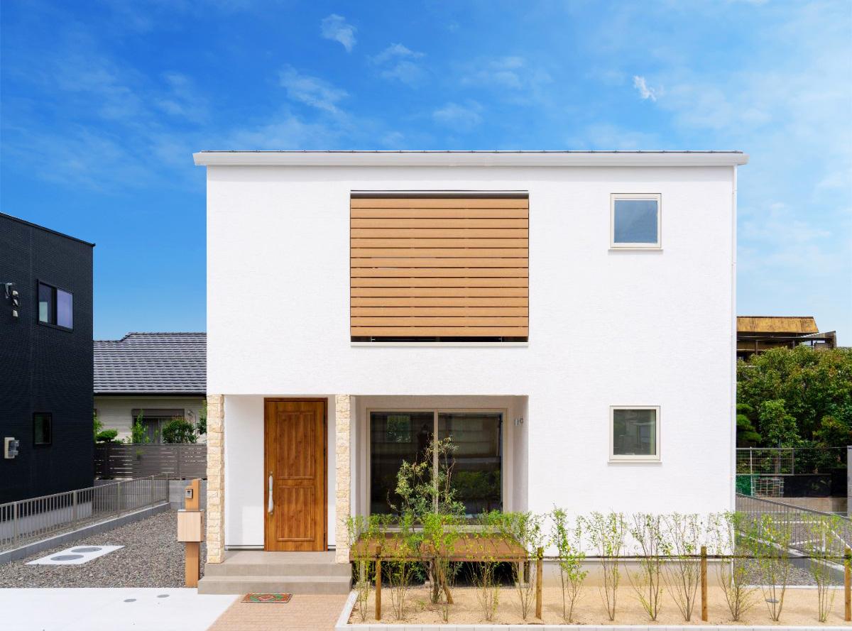 大分市中戸次の建売・デザイン分譲住宅Ⅱ しっくいの家 3SLDK 大分の注文住宅工務店サラダホーム