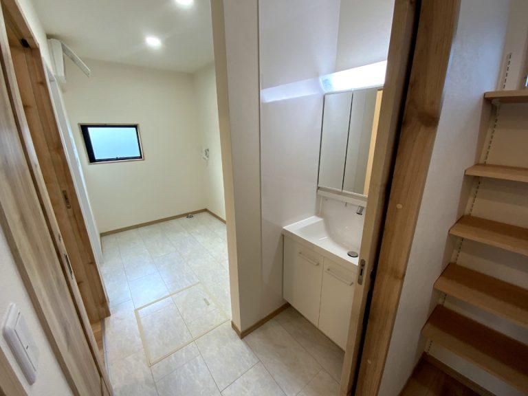 大分市羽田デザイン分譲住宅 洗面脱衣室