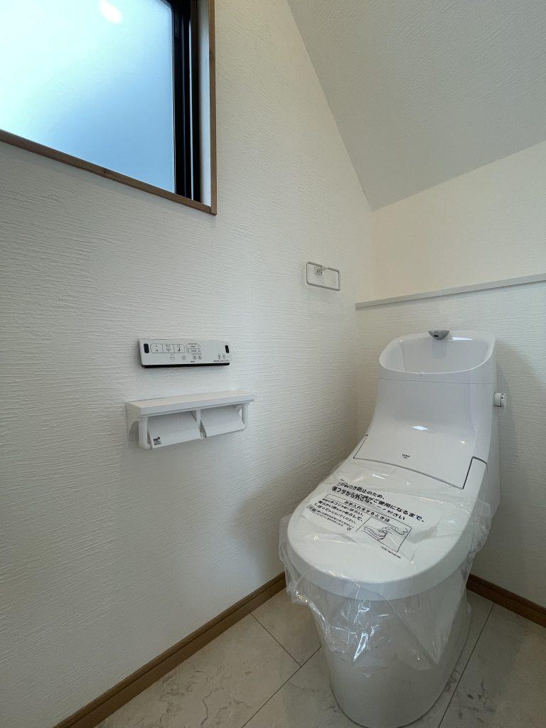 大分市田尻デザイン分譲住宅 田尻の家A棟 _トイレ