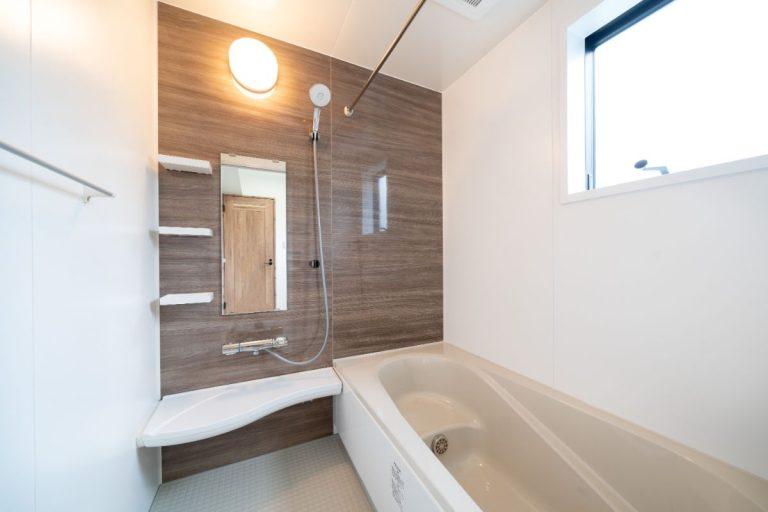 大分市中戸次デザイン分譲住宅 中戸次の家-Ⅰ棟 浴室