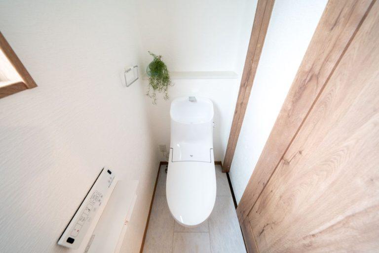 大分市中戸次デザイン分譲住宅 中戸次の家-Ⅰ棟 トイレ
