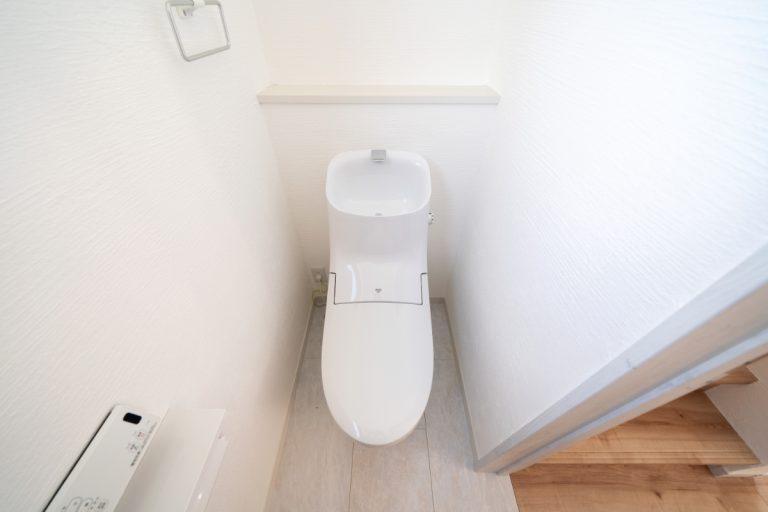 大分市上宗方デザイン分譲住宅 上宗方の家 1階トイレ