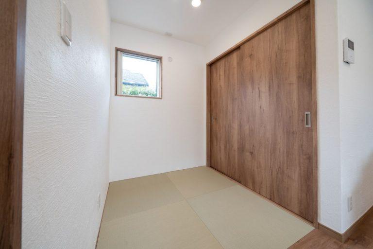 大分市中戸次デザイン分譲住宅 中戸次の家-Ⅱ棟 畳コーナー
