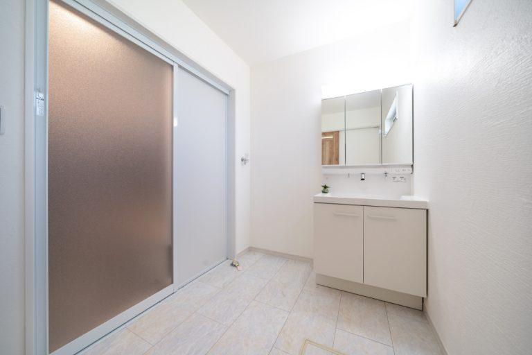 洗面化粧室 大分市下郡南の建売・デザイン分譲住宅 平屋の3SLDK