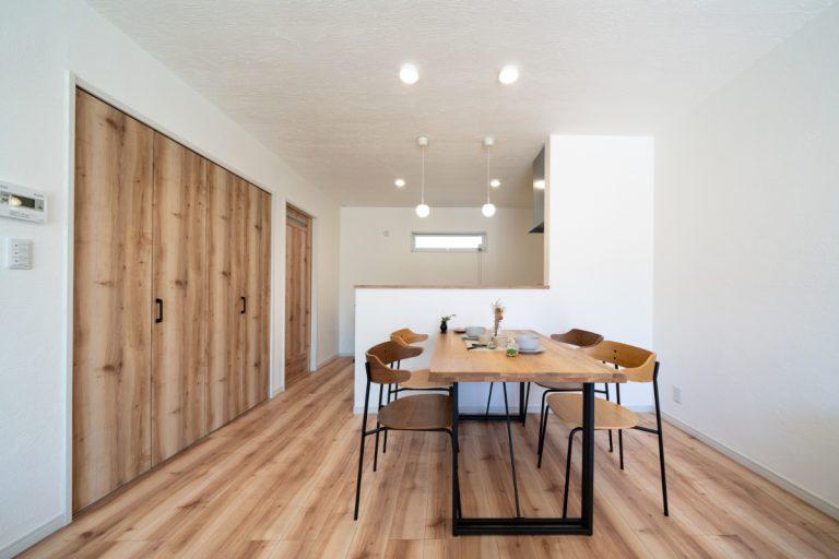 ダイニング 大分市下郡南の建売・デザイン分譲住宅 平屋の3SLDK